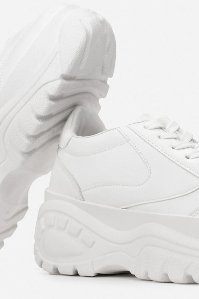 White Chunky Sneakers - Jenner