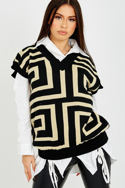 Get It Right Black Knitted Vest
