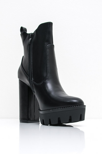 Chunky Heel Boots - Rougher