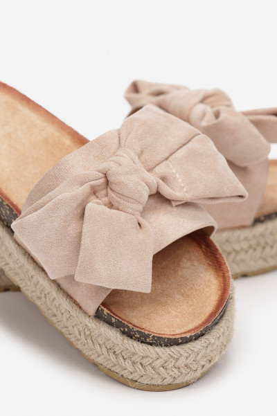 Do It Right Beige Bow Platform Slippers