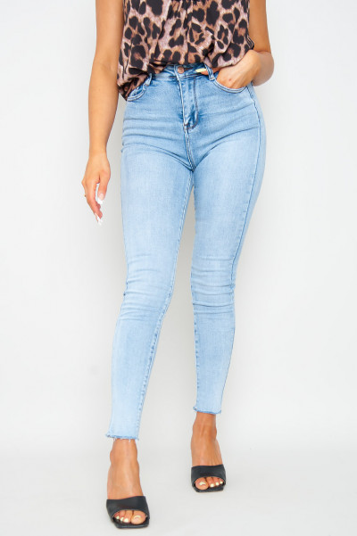 Right Now Extra High Waist Jeans